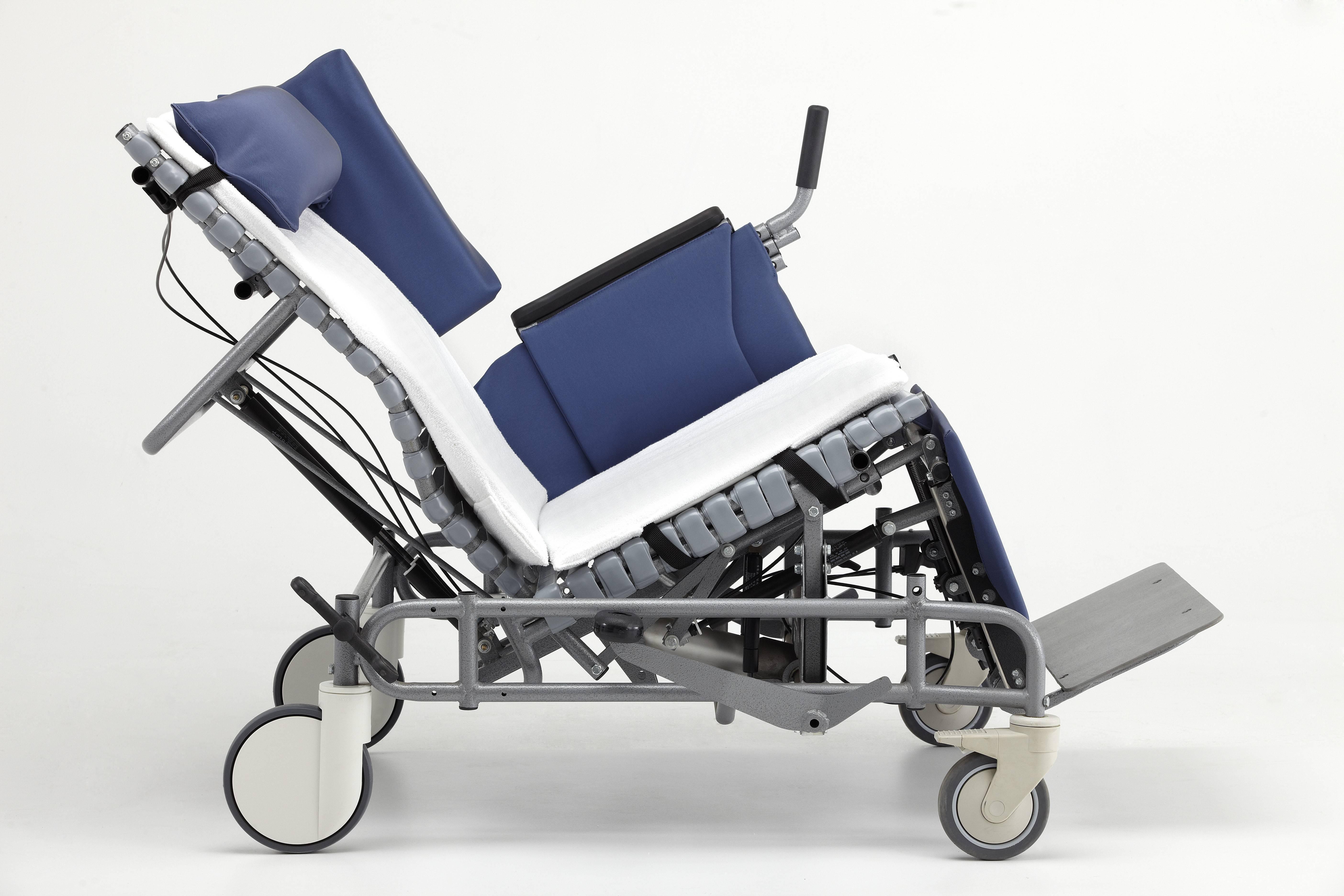 Excel Medical Vanguard Bariatric Tilt Recliner 985